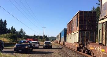 One dead after BNSF cargo train collides with pedestrian inTenino