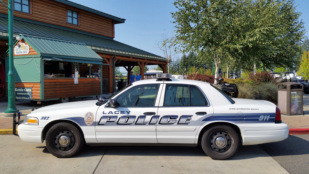 Short pursuit ends in Lacey
